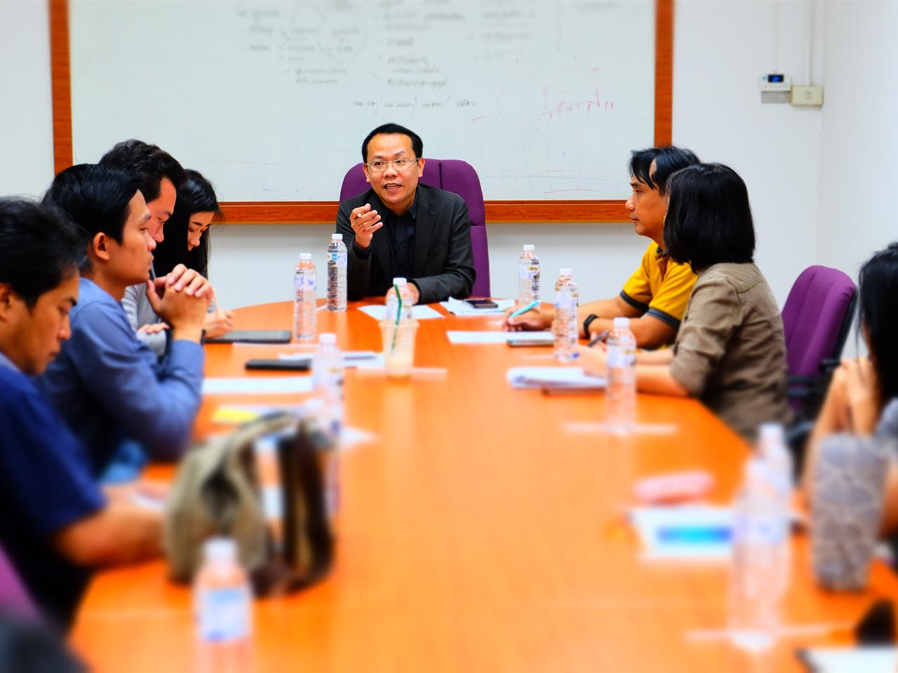 กองบริหารงานวิจัย จัดประชุมรายงานความก้าวหน้าด้านงานวิจัย  ยอดเงินวิจัยกว่า 7,550,000 บาท จากสำนักงานพัฒนาวิทยาศาสตร์และเทคโนโลยีแห่งชาติ (สวทช.) ณ ห้องประชุมรองอธิการบดี มหาวิทยาลัยพะเยา