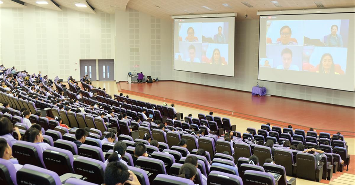 """คณะวิทยาศาสตร์ ร่วมกับ โรงเรียนสาธิตมหาวิทยาลัยพะเยา จัดอบรมอบรมหัวข้อ """"Bio – inspired Robotics:จากชีววิทยา สู่หุ่นยนต์ชีวภาพ"""""""