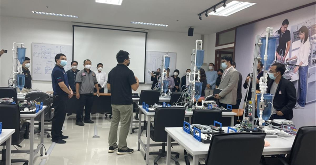 เทคโนโลยีหุ่นยนต์และระบบอัตโนมัติ