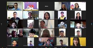 คณะ ICT จัดกิจกรรมคณบดีพบนิสิต TCAS 64 รอบที่ 1 ผ่านระบบ Zoom Online เพื่อแนะนำภาพรวมคณะฯ และการเรียนการสอนของแต่ละสาขาวิชา