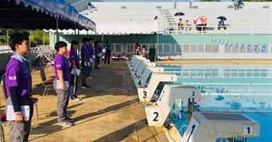 นิสิตสาขาวิทยาศาสาตร์การออกกำลังกายและการกีฬา เข้าร่วมเป็นผู้ช่วยผู้ตัดสินกีฬาว่ายน้ำในการแข่งขัน กีฬานักเรียนนักศึกษาแห่งชาติ ครั้งที่ 42 ประจำปี 2564