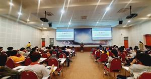 คณะ ICT ต้อนรับคณะศึกษาดูงานจากโรงเรียนแม่ใจวิทยาคม