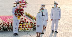 คณะรัฐศาสตร์และสังคมศาสตร์ มหาวิทยาลัยพะเยา เข้าร่วมวางพานพุ่มดอกไม้ถวายราชสักการะพระบรมราชานุสาวรีย์สมเด็จพระนเรศวรมหาราช