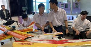 เด็กสาธิต ม.พะเยาสุดเจ๋ง สร้างเครื่องบินสำรวจไฟป่า อนาคตหวังเป็นต้นแบบสร้างการเรียนรู้ด้านวิทยาศาสตร์และเทคโนโลยี