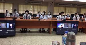 ผู้อำนวยการโรงเรียนสาธิตฯ เข้าร่วมต้อนรับคณะกรรมการดำเนินงานโครงการพระราชทานความช่วยเหลือแก่ราชอาณาจักรกัมพูชา