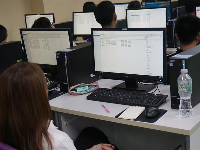บริการสอนการสืบค้นสารสนเทศออนไลน์และการใช้โปรแกรม,Endnote,สำหรับนิสิตคณะวิทยาศาสตร์การแพทย์,มหาวิทยาลัยพะเยา