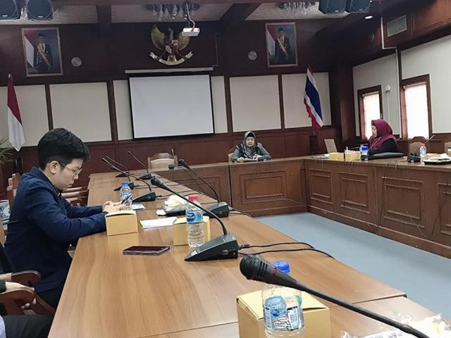 การประชุมเพื่อสร้างความร่วมมือทางการศึกษาระหว่างคณะเภสัชศาสตร์,มหาวิทยาลัยพะเยา,และ,คณะเภสัชศาสตร์,จาก,Universitas,Airlangga