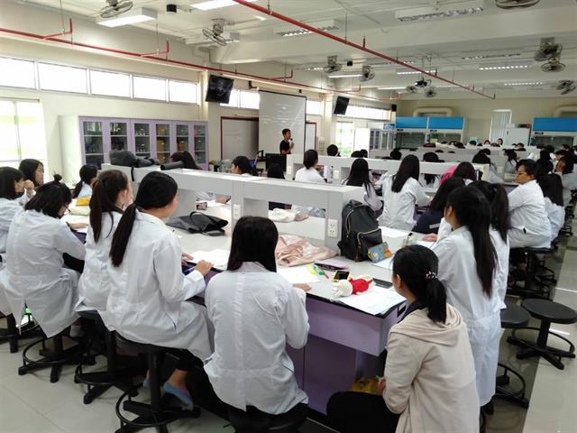 นักวิทยาศาสตร์,SEEN,ได้รับเชิญเป็นวิทยากรการอบรมเครื่องมือชั้นสูงสำหรับวิเคราะห์โลหะหนักให้กับนิสิตคณะแพทยศาสตร์