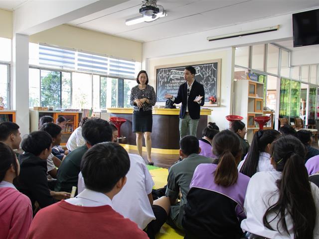 คณะผู้บริหารคณะศิลปศาสตร์ ลงพื้นที่สร้างความร่วมมือกับโรงเรียนในการพัฒนาศักยภาพผู้เรียน ระดับมัธยมศึกษา เพื่อการศึกษาต่อในมหาวิทยาลัยพะเยา ณ โรงเรียนพานพิทยาคม