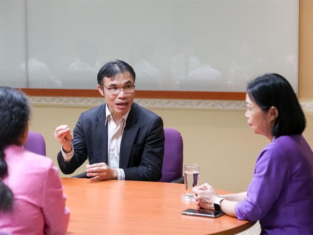 อธิการบดีมหาวิทยาลัยพะเยา แสดงความชื่นชมคณะนิติศาสตร์ มหาวิทยาลัยพะเยา กวาดเรียบ 3 รางวัลระดับประเทศ จากสำนักงานกิจการยุติธรรม กระทรวงยุติธรรม