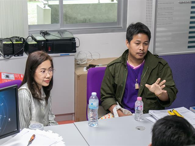 ศูนย์บริการเทคโนโลยีสารสนเทศและการสื่อสาร (CITCOMS) เข้าชี้แจงและร่วมวางแผนแนวทางการการสร้างสื่อเพื่อประกอบการเรียนการสอน Online ในระหว่างการแพร่ระบาดของโรค COVID-19 ณ คณะศิลปศาสตร์
