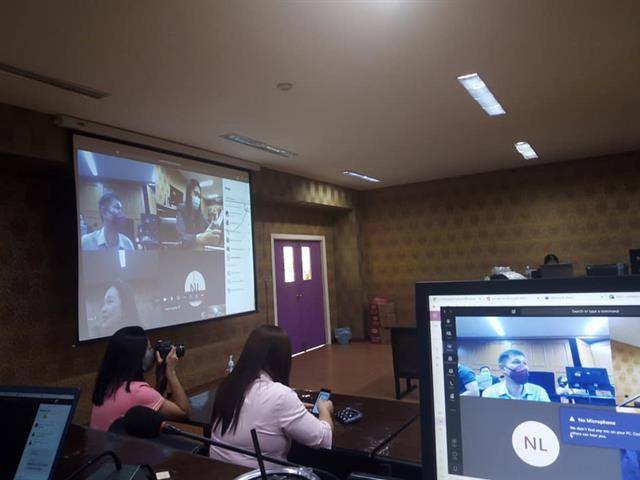 สอนออนไลน์   การใช้แอพพลิเคชั่น Microsoft Teams, Google Meet, LMS