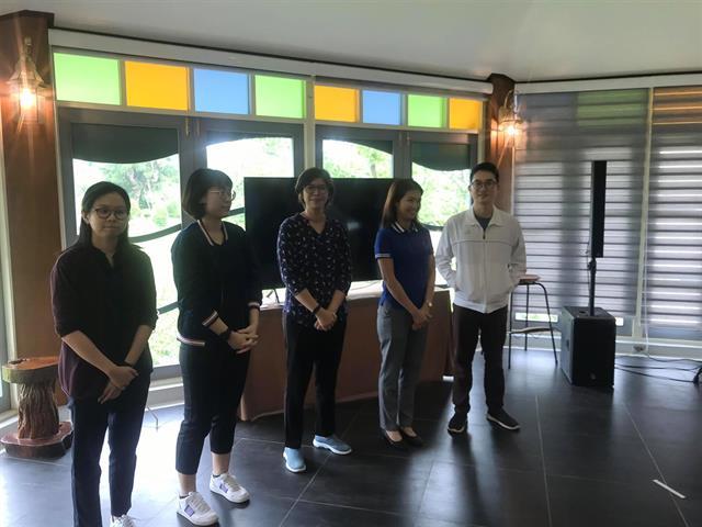 """ทีมนักวิจัยคณะศิลปศาสตร์ ลงพื้นที่เก็บข้อมูลงานวิจัย โครงการ """"การพัฒนาทักษะภาษาอังกฤษของนักเรียนศูนย์การเรียนรู้อินทรีย์อาสา"""""""