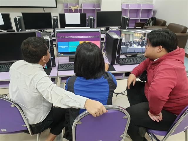 ตัวแทนนิสิตคณะนิติศาสตร์ มหาวิทยาลัยพะเยา   เข้าร่วมการแข่งขันตอบปัญหากฎหมายออนไลน์ทั่วประเทศ ระดับอุดมศึกษา (ปริญญาตรี) ประจำปี 2563