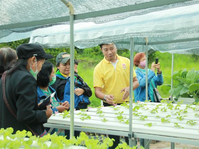 คณะเกษตรศาสตร์และทรัพยากรธรรมชาติ ม.พะเยา ต้อนรับคณะศึกษาดูงานสมาชิกเกษตรกรจังหวัดพะเยา