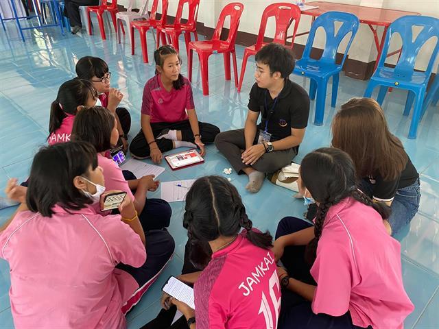 อาจารย์และนิสิตคลินิกเผยแพร่ความรู้ทางกฎหมายคณะนิติศาสตร์ มหาวิทยาลัยพะเยา เป็นวิทยากรในโครงการสร้างภูมิคุ้มทางสังคม เด็ก เยาวชนสร้างสรรค์ รู้เท่าทันสื่อ