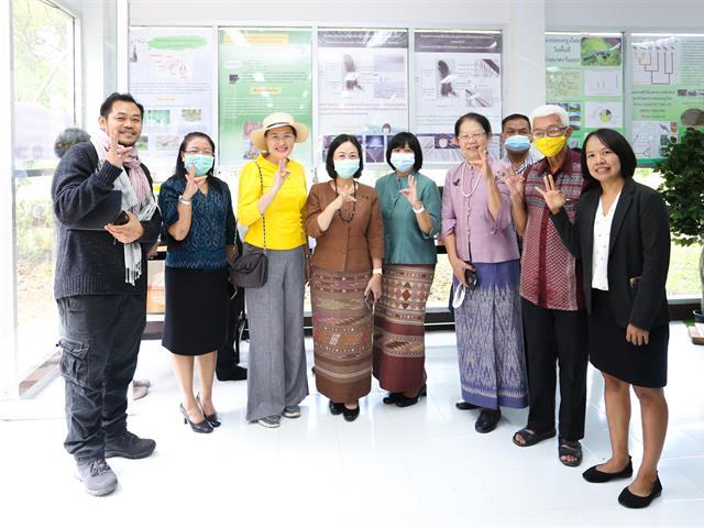 """เปิดแล้ว """"นิทรรศการนกยูงไทยแห่งล้านนาตะวันออก"""" โครงการล้านนาตะวันออก"""
