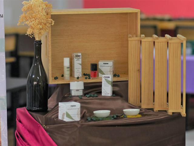 """THE 3rd UP COSMETIC AND AESTHETIC EXHIBITION """"holistic beauty"""