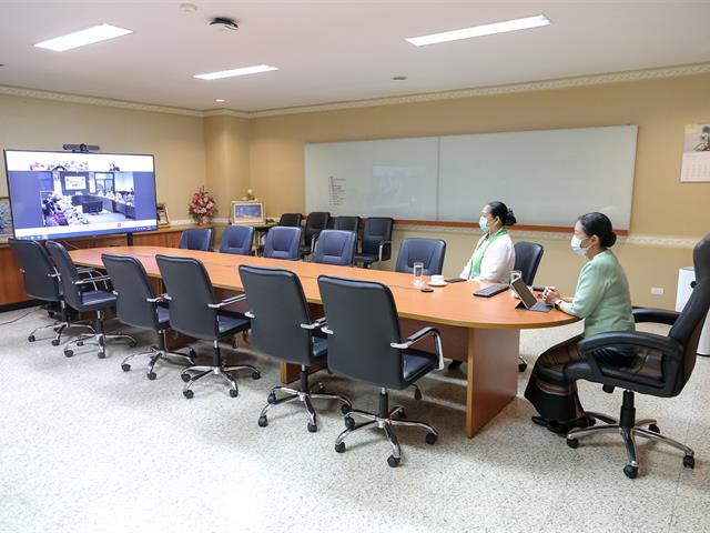 ม.พะเยา ร่วมประชุมออนไลน์ รับมอบนโยบายการบริหารราชการ จังหวัดพะเยา